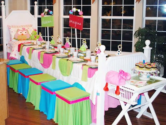 טיפים ורעיונות למסיבת פיג'מות - עיצוב שולחן