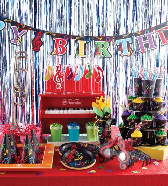 רעיונות לימי הולדת: גילאים 8, 9, 10, 11 ו- 12 מסיבת ריקודים