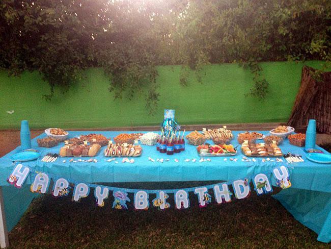 שולחן מעוצב הכחול הגדול 1