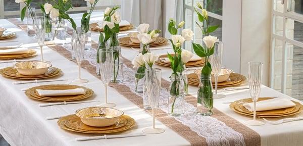 רעיונות לארגון מסיבת חנוכה - כלים חד פעמיים וינטאג' זהב
