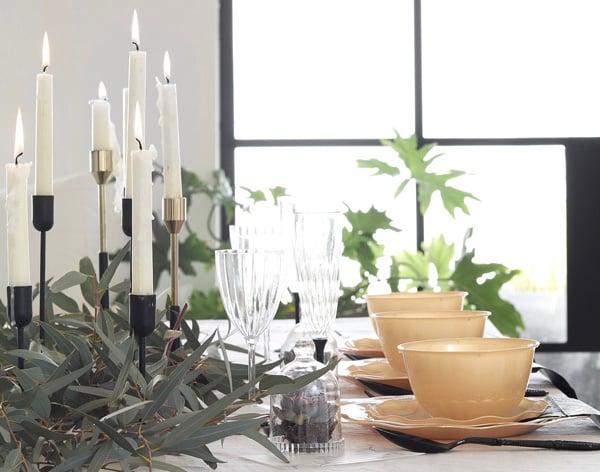 רעיונות לארגון מסיבת חנוכה - כלים חד פעמיים ברונזה