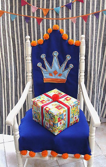 רעיונות לקישוט כיסא יום הולדת - כיסא מלך