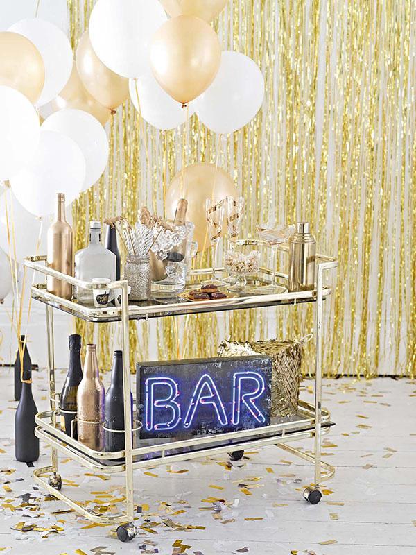 איך לתכנן מסיבת סילבסטר - בר משקאות