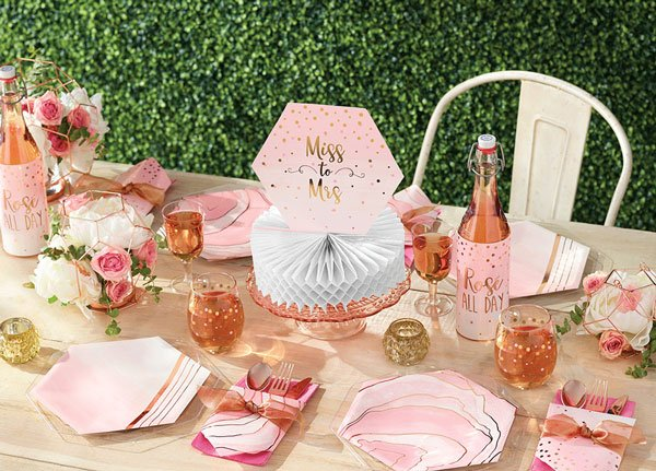 רעיונות ליום הולדת 16 המתוק - מסיבת רוז גולד