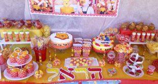 יום הולדת שנה פו הדב - שולחן קינוחים