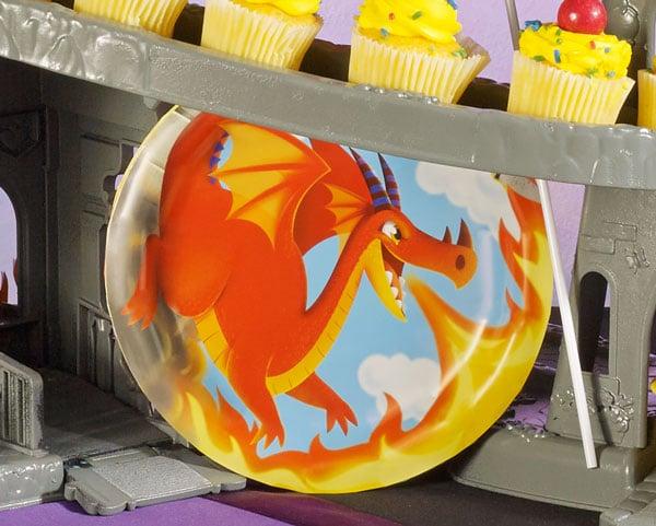 צלחות חד פעמיות קטנות דרקונים