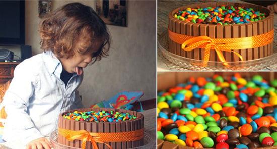 קישוט עוגה עם ממתקים