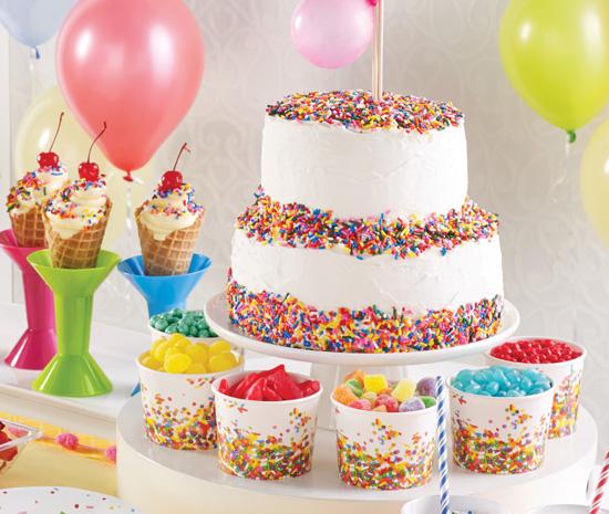 קישוט עוגה עם סוכריות לקישוט עוגה