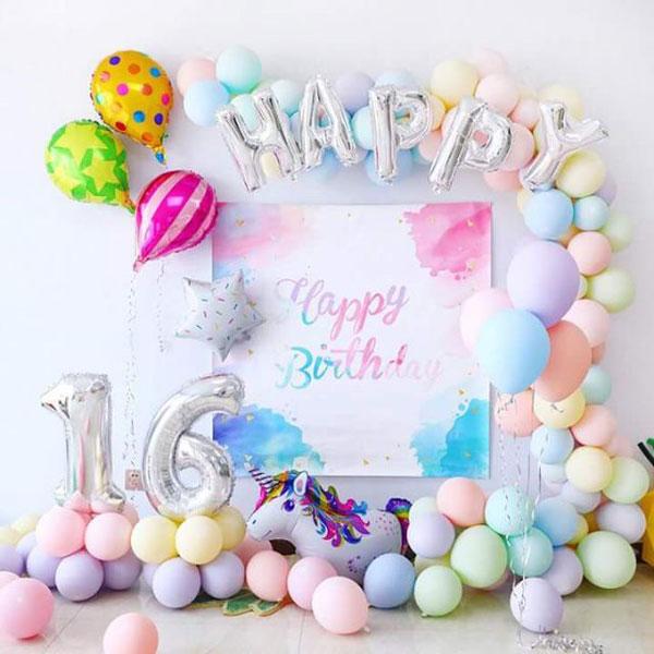 קישוטי מסיבה בצבעי מקרון - מסיבת Sweet 16