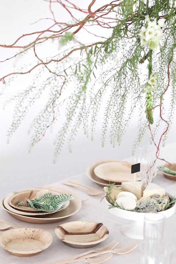 עיצוב שולחן חג שבועות - צמחייה ירוקה