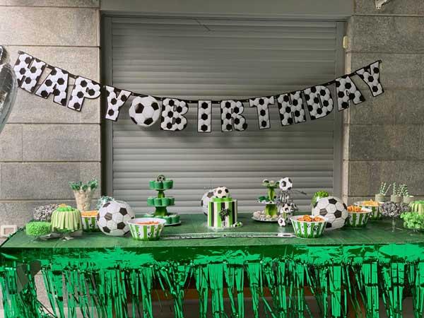 יום הולדת כדורגל - שולחן מעוצב
