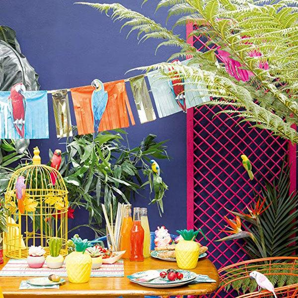10 מוצרים לעיצוב מסיבת ספארי - שרשרת תוכים צבעוניים