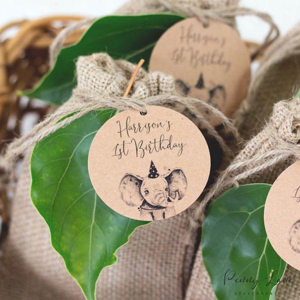 10 מוצרים לעיצוב מסיבת ספארי - שקיות יוטה טבעיות
