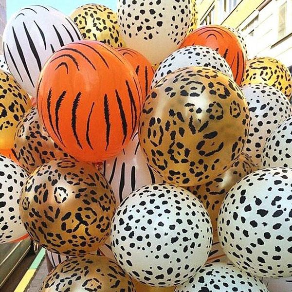 10 מוצרים לעיצוב מסיבת ספארי - בלונים עם הדפס חיות ספארי