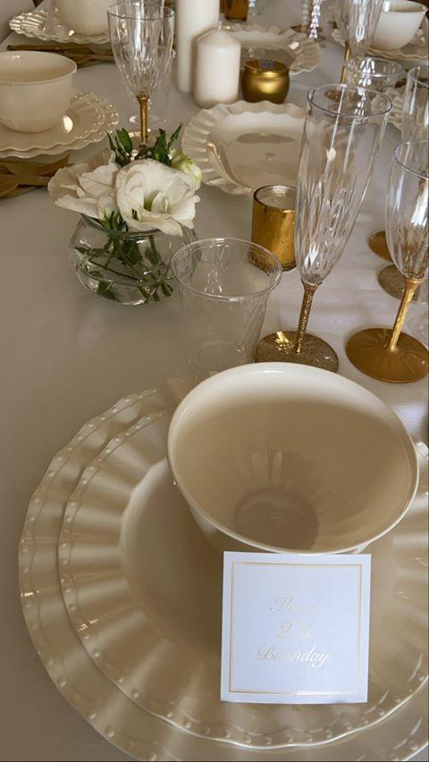 שולחן מעוצב ליום הולדת 27 - קישוטי שולחן