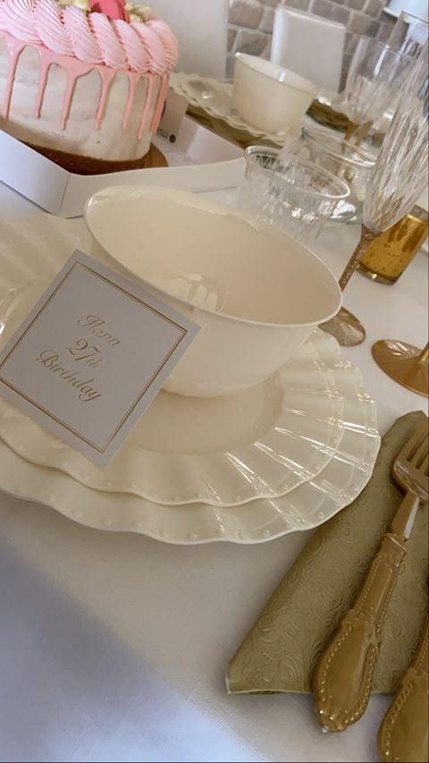 שולחן מעוצב ליום הולדת 27 - עוגת יום הולדת