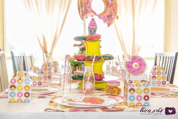 מסיבת דונאטס - עיצוב שולחן