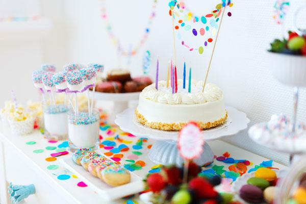 מדריך לארגון יום הולדת בצל הקורונה - שולחן מעוצב