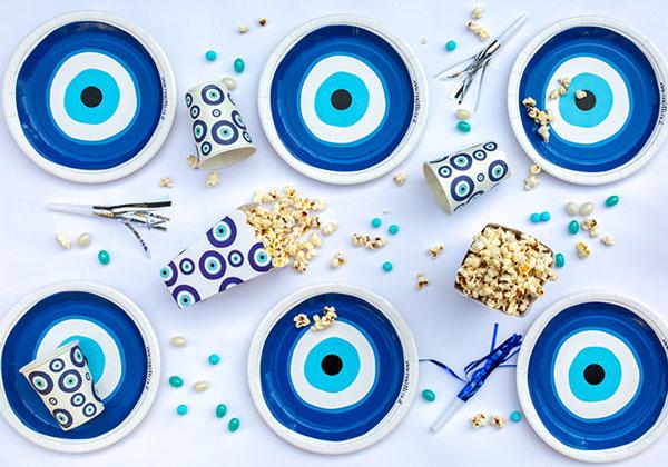 מסיבה יוונית עין כחולה - עיצוב שולחן
