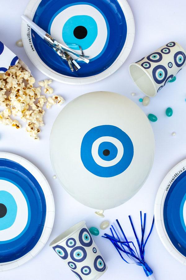 מסיבה יוונית עין כחולה - בלונים
