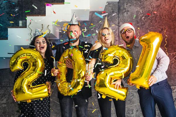 רעיונות למסיבת New Year בבית - קנפטו